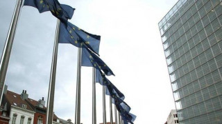 ΕΕ: Προτείνει μεταρρυθμίσεις με κοινοτικούς πόρους σε φτωχές περιφέρειες