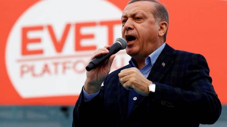 Ερντογάν: 1,42 εκατ. Τούρκοι του εξωτερικού ψήφισαν στο δημοψήφισμα