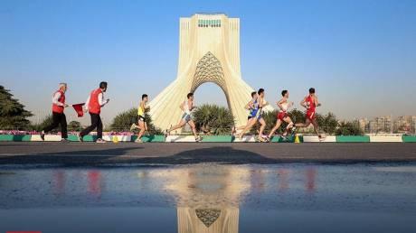 Ιστορική πρωτιά: Η Τεχεράνη φιλοξένησε τον πρώτο της Μαραθώνιο