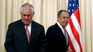 Λαβρόφ: Ο Τίλερσον δεν απείλησε με νέες κυρώσεις