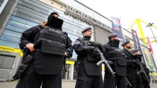 Στο «σκοτάδι» οι έρευνες για την επίθεση στο πούλμαν της Ντόρμουντ