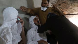 Συρία: Οι ΗΠΑ χτύπησαν προμήθειες χημικών του Ι.Κ - Εκατοντάδες οι νεκροί