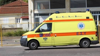 Ένας νεκρός και δύο τραυματίες σε τροχαίο δυστύχημα στον δρόμο προς Χαλκιδική