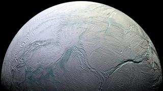 NASA: Υπάρχει ζωή στον Εγκέλαδο και στην Ευρώπη