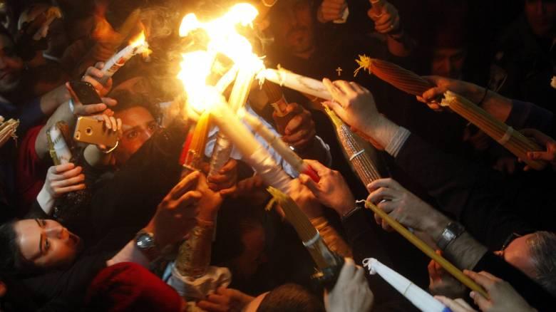 Πάσχα 2017: Το απόγευμα του Μ. Σαββάτου φτάνει το Άγιο Φως στην Αθήνα