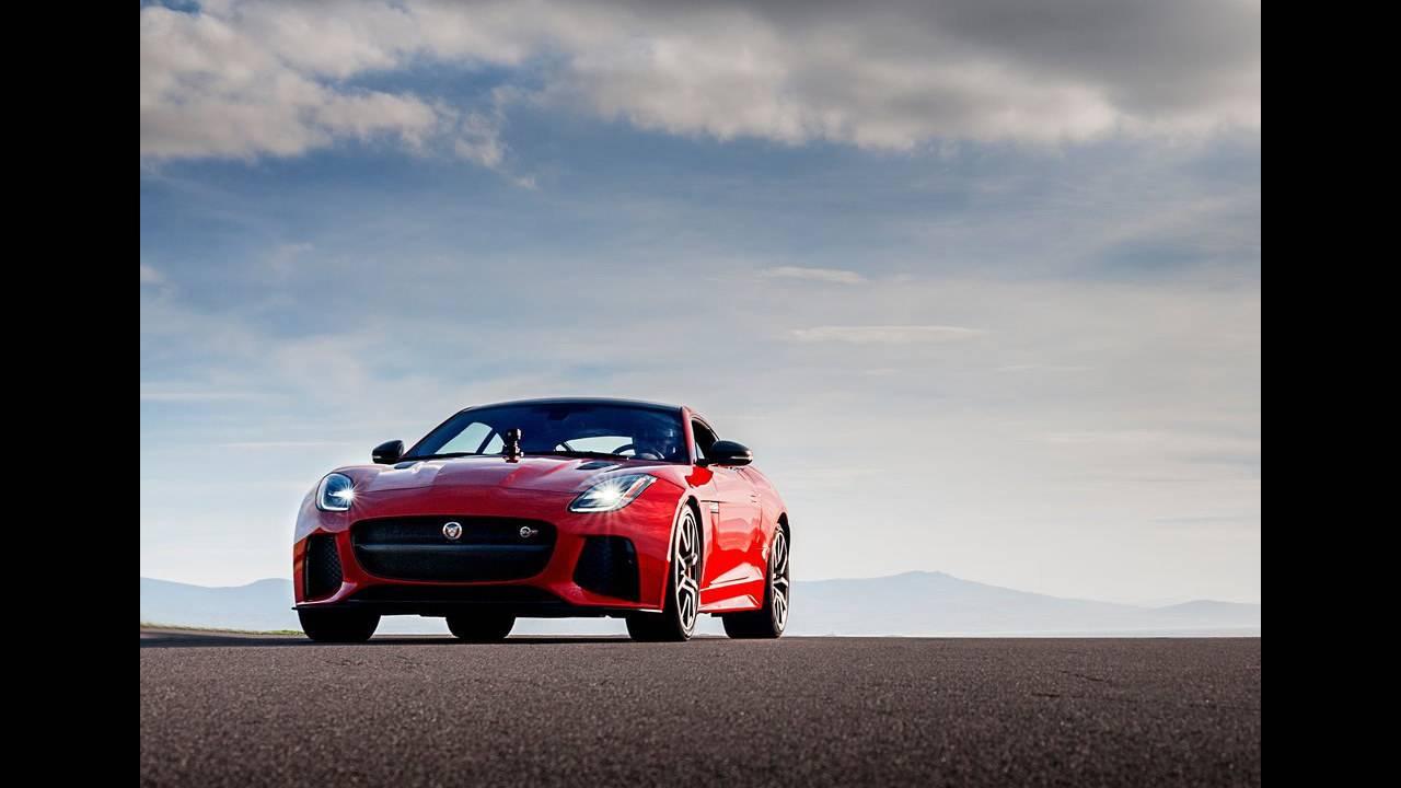 https://cdn.cnngreece.gr/media/news/2017/04/14/76670/photos/snapshot/Jaguar-F-Type-2018-1024-02.jpg