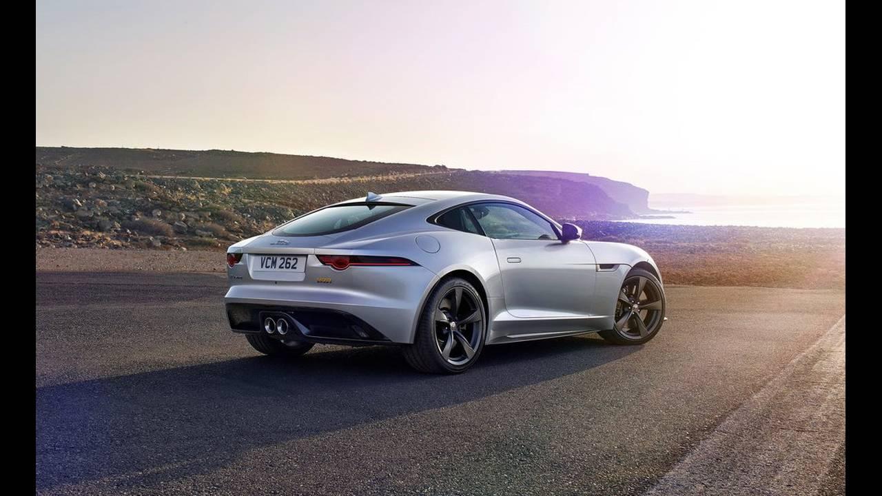 https://cdn.cnngreece.gr/media/news/2017/04/14/76670/photos/snapshot/Jaguar-F-Type-2018-1024-0f.jpg
