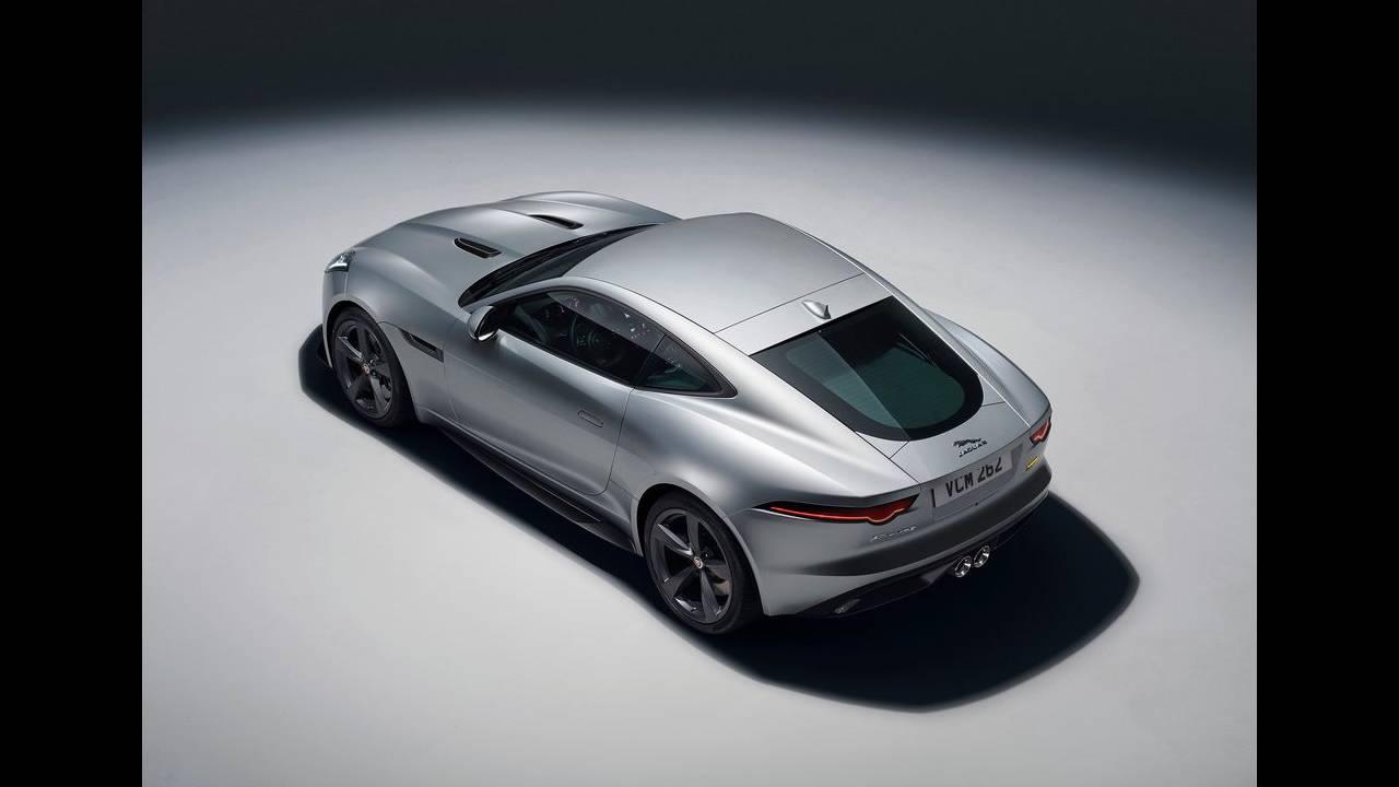 https://cdn.cnngreece.gr/media/news/2017/04/14/76670/photos/snapshot/Jaguar-F-Type-2018-1024-1d.jpg