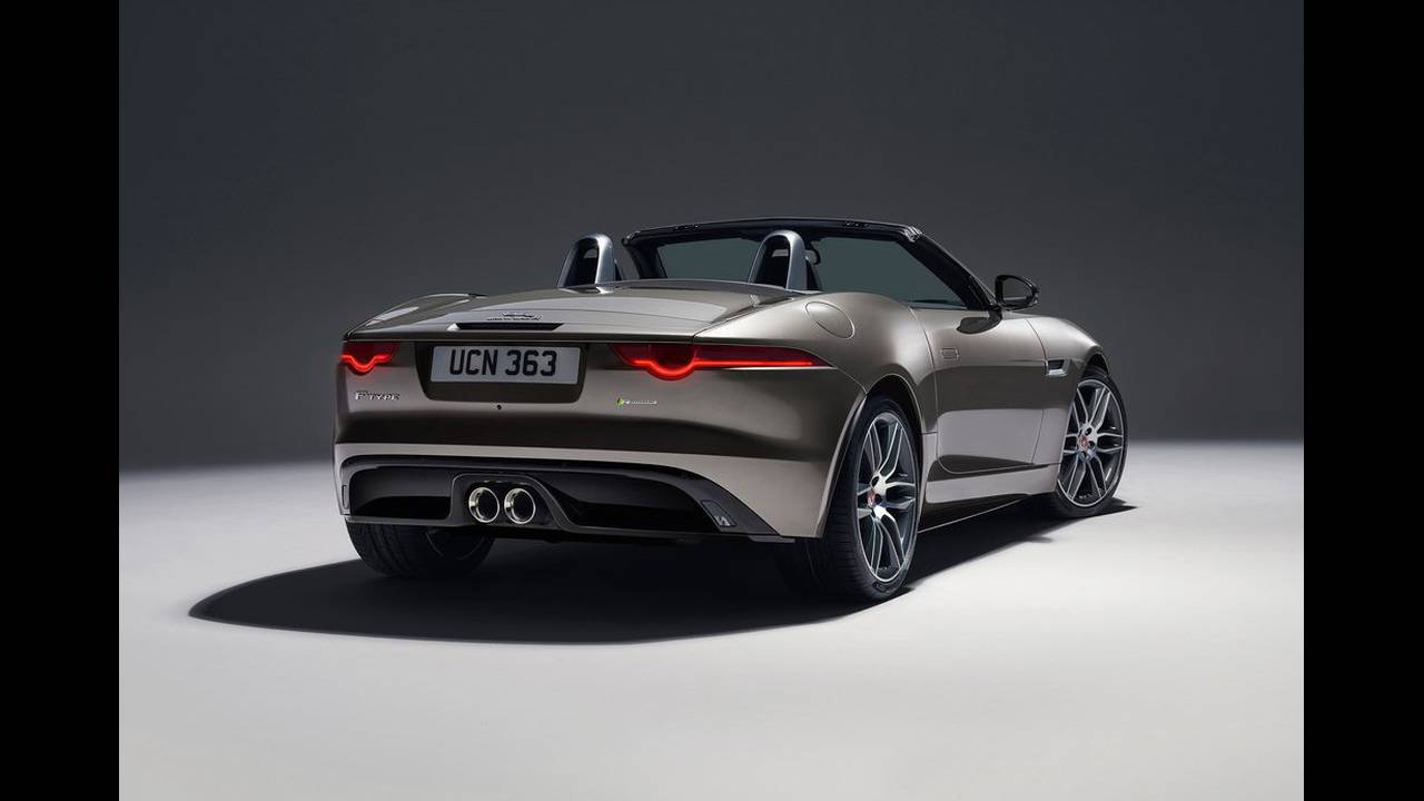 https://cdn.cnngreece.gr/media/news/2017/04/14/76670/photos/snapshot/Jaguar-F-Type-2018-1024-1f.jpg