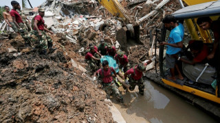 Σρι Λάνκα: Στους 16 οι νεκροί από το βουνό σκουπιδιών  (pics)
