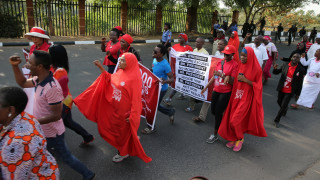 Νιγηρία: Συγκεντρώσεις για τις μαθήτριες Τσίμποκ που κρατά ακόμη η Μπόκο Χαράμ (pics&vid)