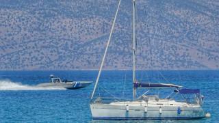 Στο Αργοστόλι σκάφος με 48 πρόσφυγες που εξέπεμψε σήμα κινδύνου