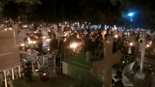 Κοζάνη: Ανάσταση στα κοιμητήρια