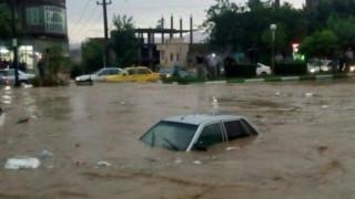 Ιράν: Δεκάδες νεκροί από σφοδρές πλημμύρες