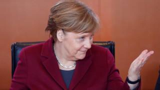 Γερμανία: Προβάδισμα Μέρκελ σύμφωνα με νέα δημοσκόπηση