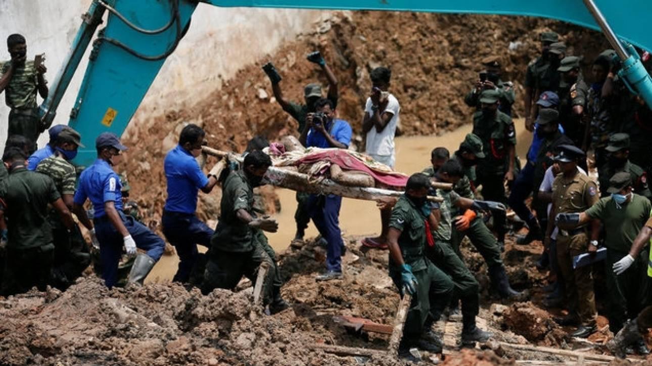 Αυξήθηκε ο αριθμός των νεκρών στη Σρι Λάνκα από την κατάρρευση των σκουπιδιών (pics)