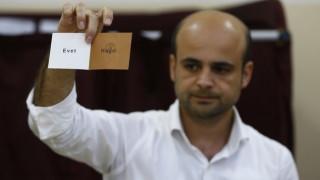 Ανατροπή στην Κωνσταντινούπολη - Οριακό προβάδισμα του «όχι»
