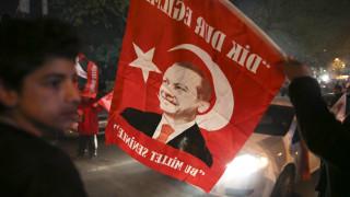 Δημοψήφισμα Τουρκίας: Για οριακή και αμφισβητούμενη νίκη Ερντογάν μιλά ο Δ.Παπαδημούλης