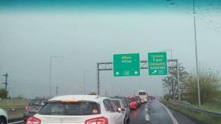 Αυξημένη η κυκλοφορία στις εθνικές οδούς Αθηνών-Κορίνθου και Αθηνών-Λαμίας