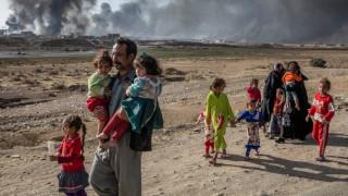 Ο «Γολγοθάς» των αμάχων στη Μοσούλη που εγκαταλείπουν τη ζωή τους