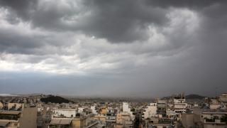 Άστατος ο καιρός με βροχές και καταιγίδες