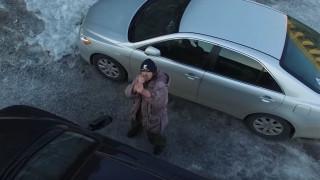 Σκηνοθετημένο ή όχι; Ρώσος πιστεύει ότι τον καταδιώκει UFO (vid)