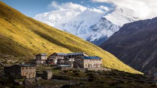 Νεπάλ: Η ανεπανάληπτη φύση των Ιμαλαΐων και τα απόκοσμα Βουδιστικά μοναστήρια (vid)