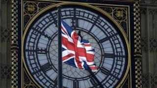 Εκπρόσωπος Μέι: Οι πρόωρες εκλογές δεν επηρεάζουν το χρονοδιάγραμμα για το Brexit