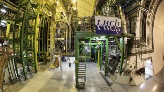 CERN: Νέα στοιχεία για τον τρόπο διάσπασης σωματιδίων