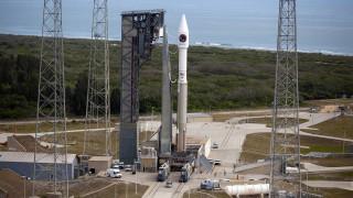 Η προετοιμασία της εκτόξευσης ενός πυραύλου σε timelapse