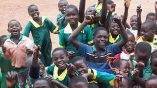 Οι Spin the Wheel ποδηλατοδρομούν 750 Km για να χαρίσουν χαμόγελα στην Αφρική