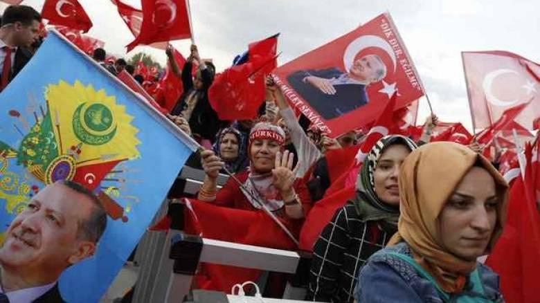 Καζάνι που βράζει η Τουρκία: «Πρωτοφανής» ο αριθμός των ψήφων που λείπουν