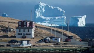 Η εποχή των... παγόβουνων στον Καναδά