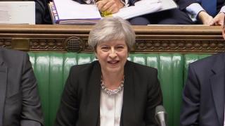 Βρετανία: Εγκρίθηκε το αίτημα της Μέι για πρόωρες εκλογές στις 8 Ιουνίου