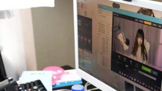 Έρευνα ΟΟΣΑ: Οι έφηβοι είναι «κολλημένοι» με το διαδίκτυο