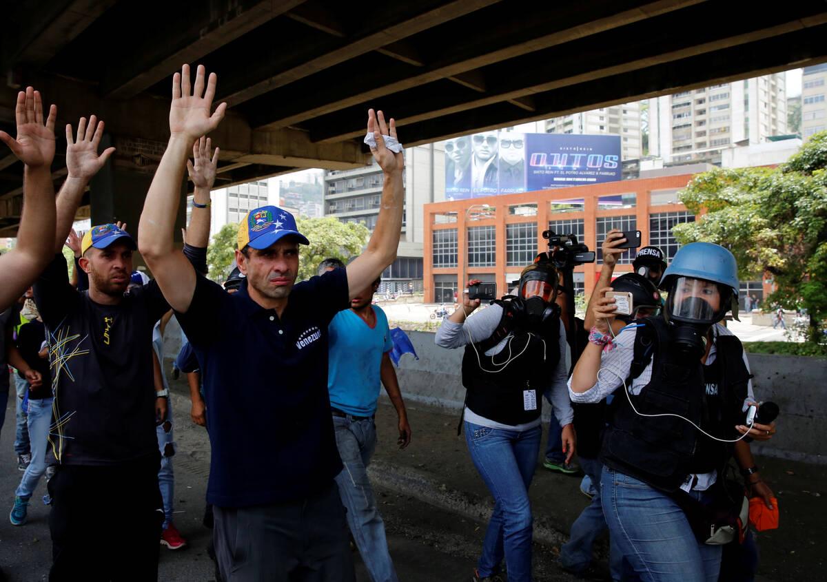 2017 04 19T183215Z 2043461247 RC157F2DD1F0 RTRMADP 3 VENEZUELA POLITICS PROTESTS