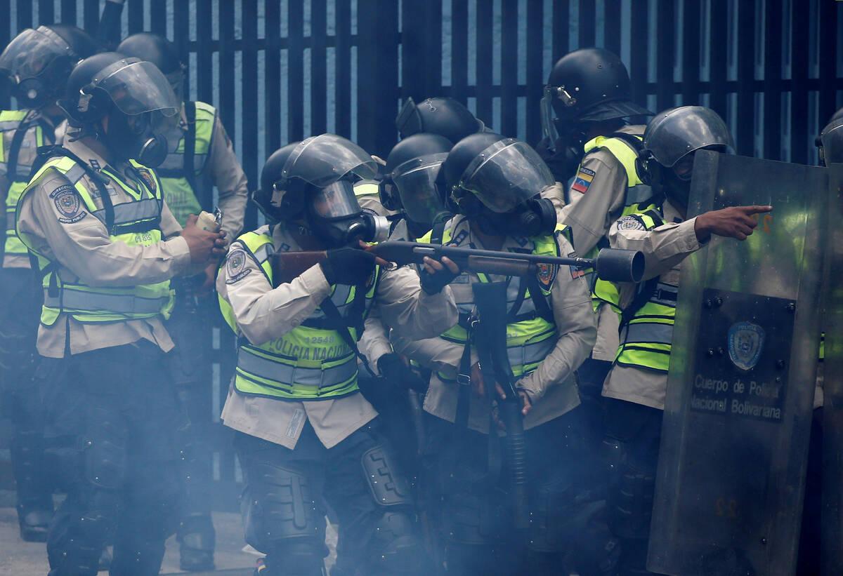 2017 04 19T184257Z 379934917 RC1926818260 RTRMADP 3 VENEZUELA POLITICS PROTESTS