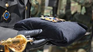 Γιορτή Αγίου Γεωργίου: Λιτός εορτασμός στις Ένοπλες Δυνάμεις λόγω πένθους