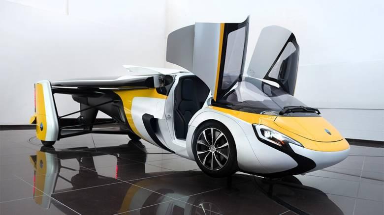 Το πρώτο ιπτάμενο αυτοκίνητο...είναι για βαθιές τσέπες