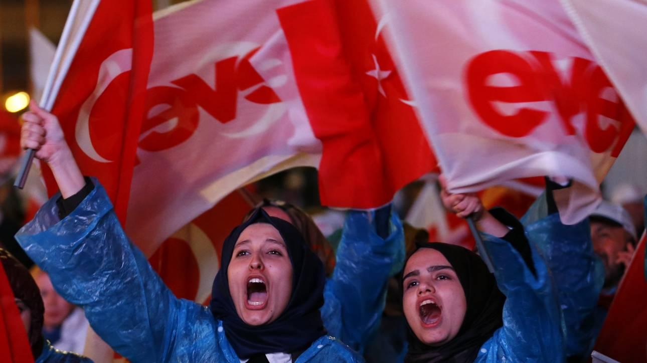 Δημοψήφισμα Τουρκίας: Η αντιπολίτευση θα προσφύγει στο Συμβούλιο της Επικρατείας