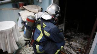 Στο νοσοκομείο με σοβαρά εγκαύματα ηλικιωμένος από πυρκαγιά που ξέσπασε στο σπίτι του (pics)
