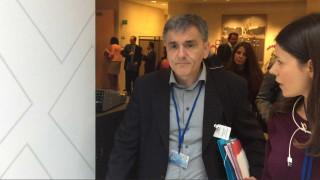Η κρίσιμη συνάντηση Τσακαλώτου-Λαγκάρντ για το χρέος και την τεχνική συμφωνία