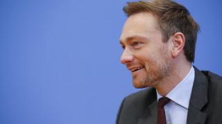 FDP: Το γερμανικό κόμμα κατηγορεί τη Μέρκελ για τις διασώσεις χωρών