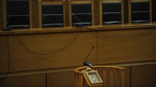 Θεσσαλονίκη: Στο δικαστήριο πέντε άτομα για την εξαφάνιση μεγάλης ποσότητας τσιγάρων