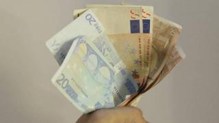 Κοινωνικό Εισόδημα Αλληλεγγύης: Πότε θα γίνει η καταβολή για τον μήνα Απρίλιο