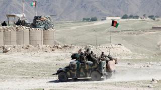 Ταλιμπάν μεταμφιεσμένοι σκόρπισαν το θάνατο στο Αφγανιστάν - Τουλάχιστον 140 νεκροί