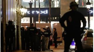 Συνελήφθη άνδρας στο Παρίσι - Aπείλησε με μαχαίρι αστυνομικό (vid)