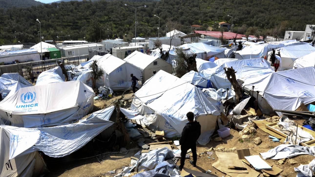 Μυτιλήνη: Για τρίτη ημέρα σε απεργία πείνας οι 12 Σύροι της Μόριας