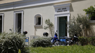 Άγνωστοι βανδάλισαν την προτομή της Πολιούχου Αθηνάς στο Πνευματικό Κέντρο