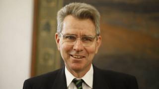 «Η Ελλάδα είναι σύμμαχος-κλειδί για τη σταθερότητα», λέει ο Αμερικανός πρέσβης
